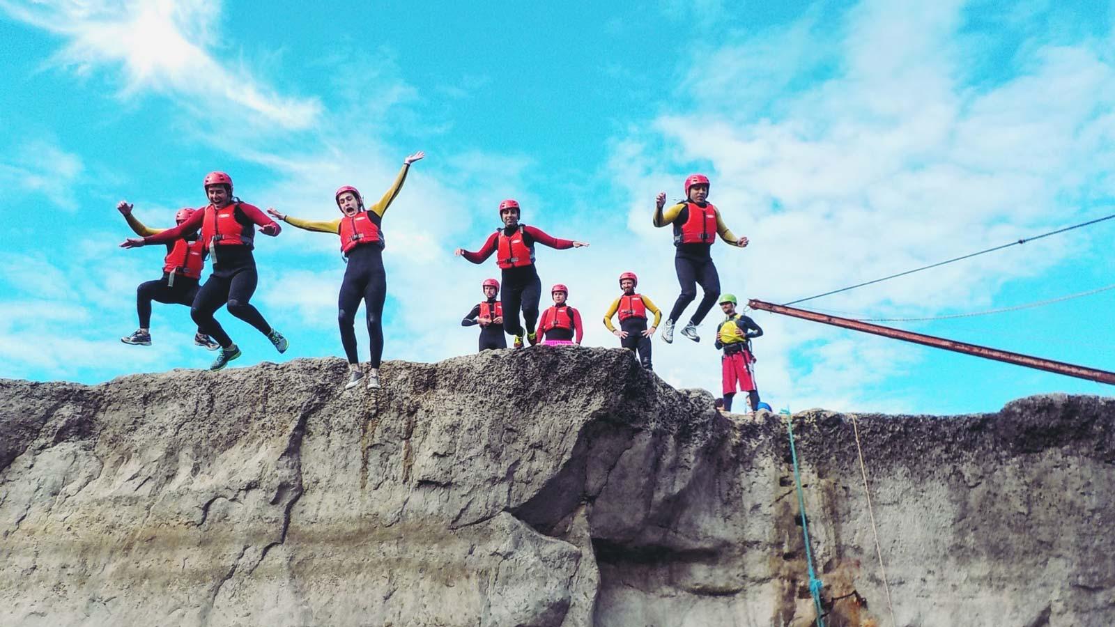 adventure4all-group-coasteering-jumping
